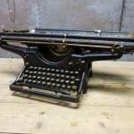 typemachine Underwood standard
