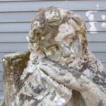antiek zandstenen beeld