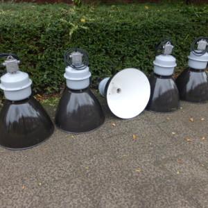 oude emaille lampen fabriekslampen industrieel