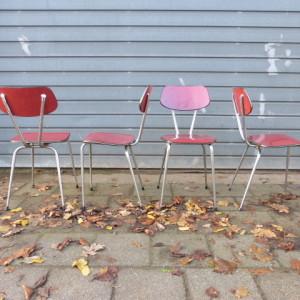 Set vintage formica stoelen rood retro design